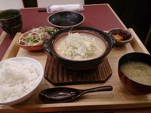 博多炊き餃子定食
