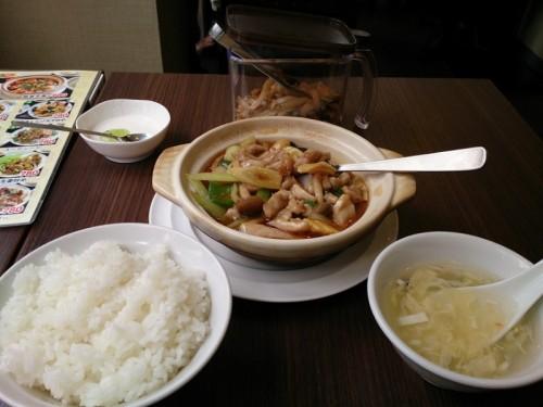 鶏肉鍋煮込定食