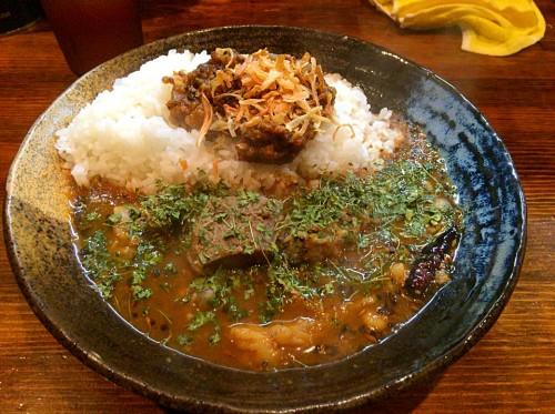 あいがけカレー(牛すじ・3辛)