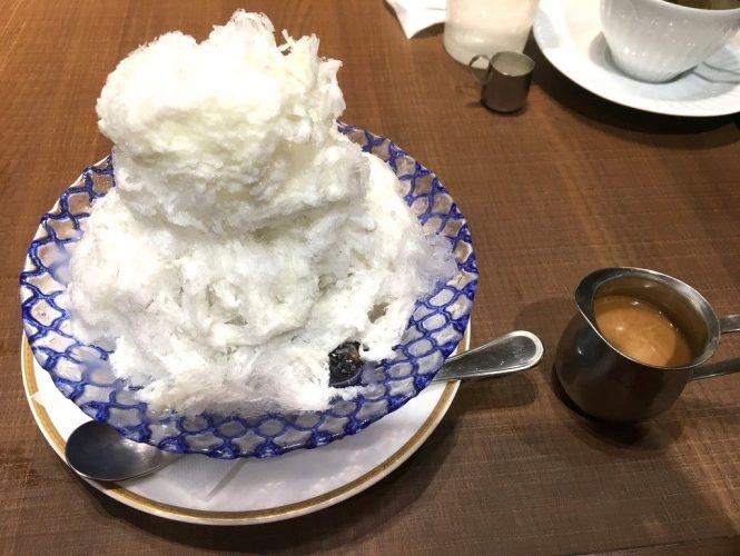 倉式珈琲店 珈琲専門店のかき氷カフェウィンナー